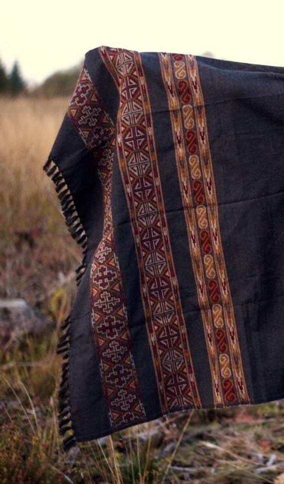 yak-schal-himalaya-gypsy-poncho