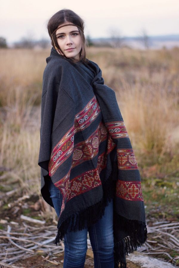 yak-schal-bohemian-hippie-style