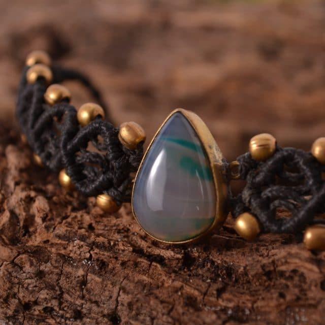 makrame-armband-stein