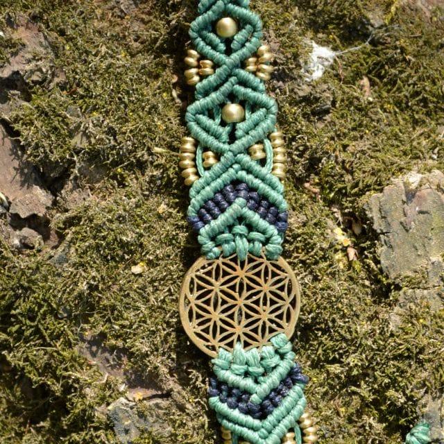 armband-tuerkis-makrame-lebensblume