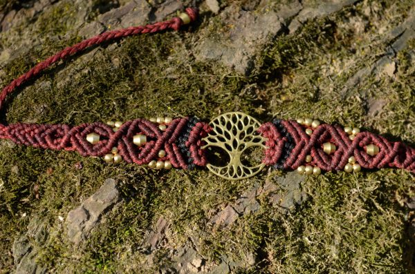 makrame-armband-lebensbaum-rot