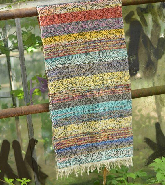 teppich-bunt-hippie-ethno-ornamente
