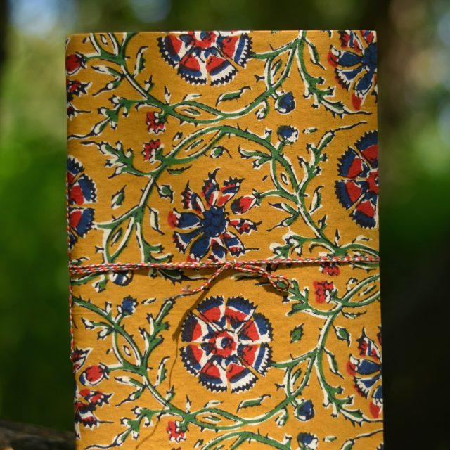 rezept-buch-gebluemt-leeres-heft-geschenk