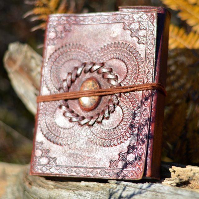 lederbuch-handmade-oriental