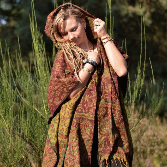 poncho-hoodie-paisley-yak-schal-hippie