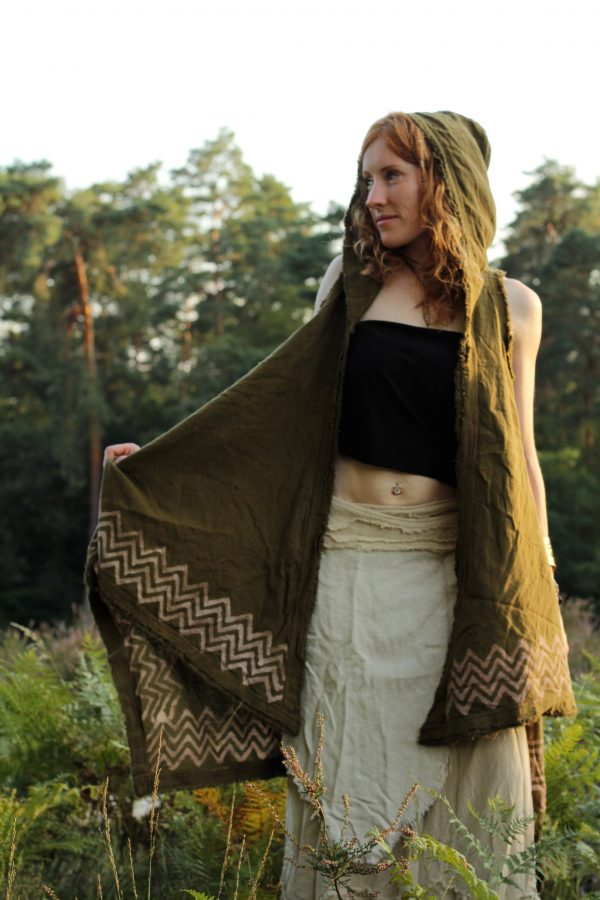 poncho-natural-larp-style-boho-hippie-style