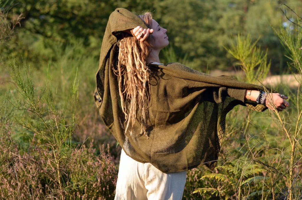 poncho-schal-chrochet-hippie-goa-natural-psywear