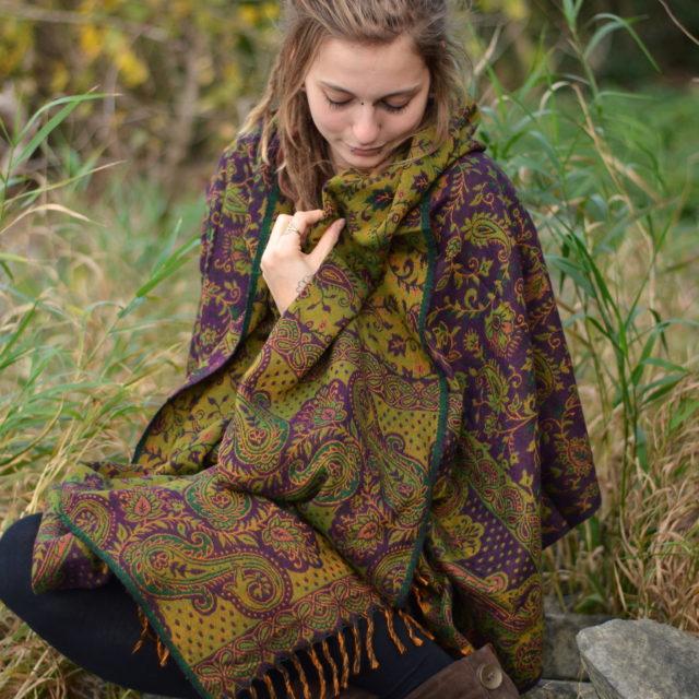 yak-schal-paisley.blumen-muster-lila-hippie