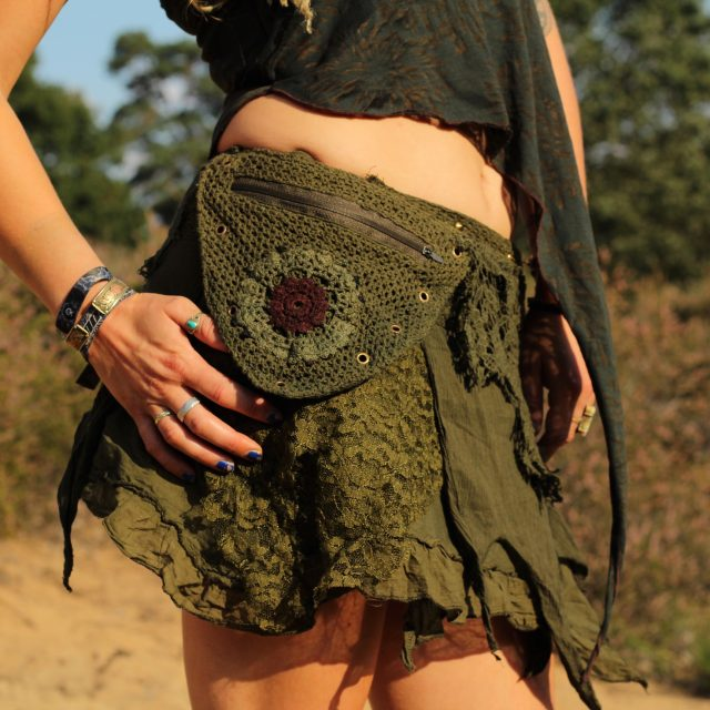 zipfelrock-hippie-gruen-blume-lagenrock