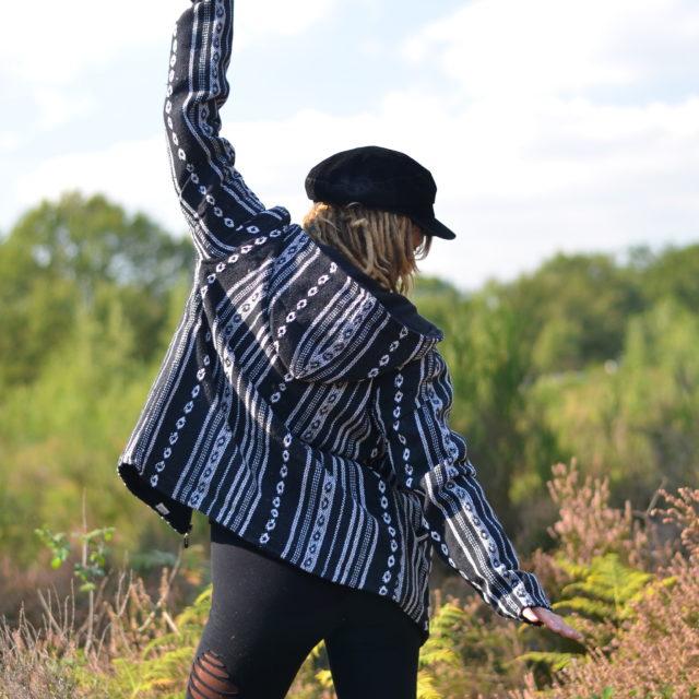 jacke-hippie-kleidung-herbst-winter-schwarz
