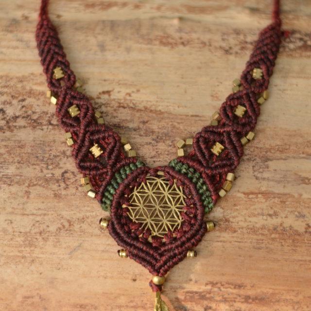 kette-makrame-lebensblume-yoga-symbol