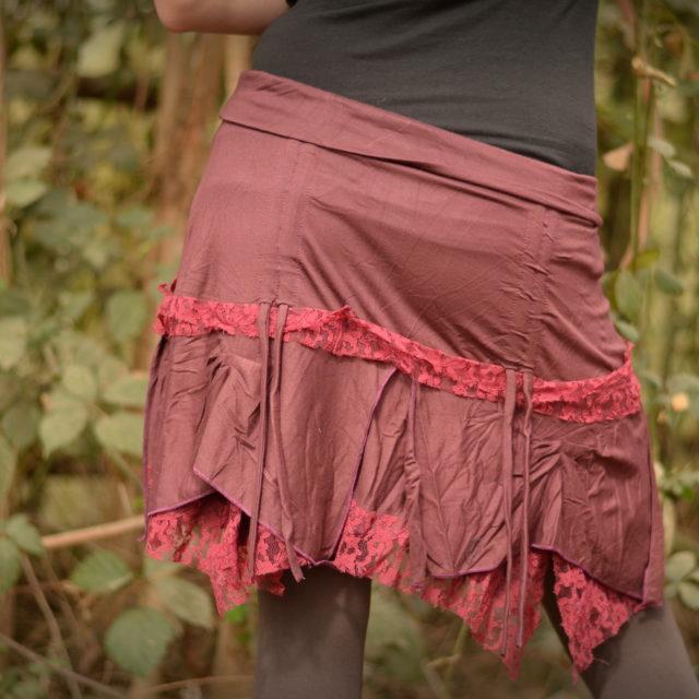 stretchrock-rot-drappieren-hippiemode