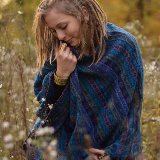 poncho-streifen-muster-hippie-style
