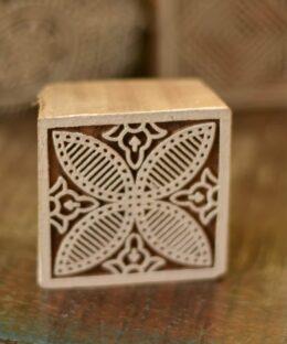 stempel-handgeschnitzt-fenster-deko-indisch