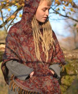 poncho-hippie-kleidung-erdfarben-gebluemt