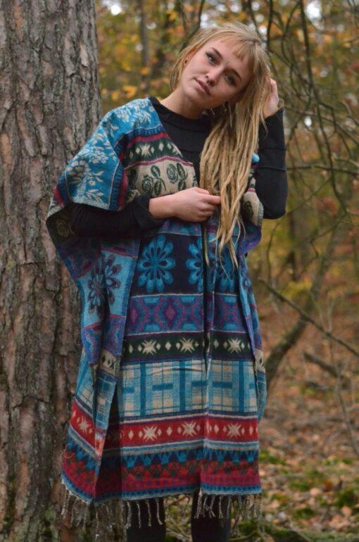 poncho-jacke-hippie-winter-mode