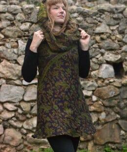 hippie-kleidung-winter-kleid-lila-gruen