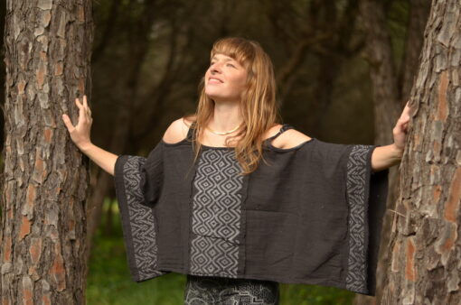 tunika-schwarz-hippie-mode-nachhaltig-fair