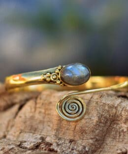 armreif-spiralen-muster-bohemian-chic-fairtrade