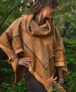 poncho-natural-gypsy-tribal-ethno-fashion